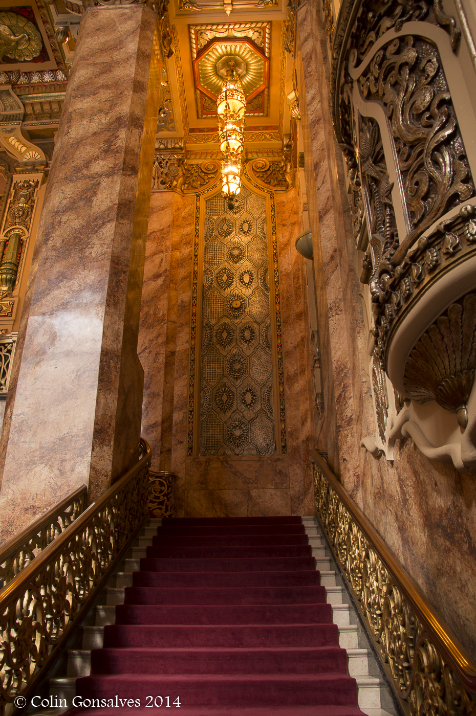 Photographing The Oriental Theater In Chicago Ohc2014